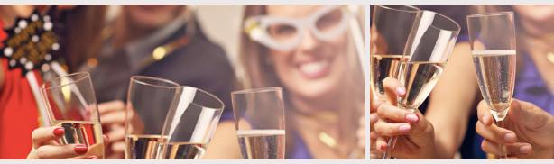 Amis trinquant ensemble fête de fin d'année afficher complet restaurant