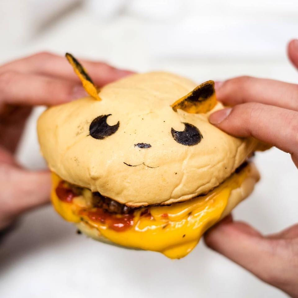 ElTenedor marketing para restaurantes trucos para optimizar el menú - hamburguesas pokémon restaurante Down N'Out